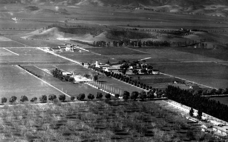 Aerial view of farms and fields in  Owensmouth (1920s)..jpg